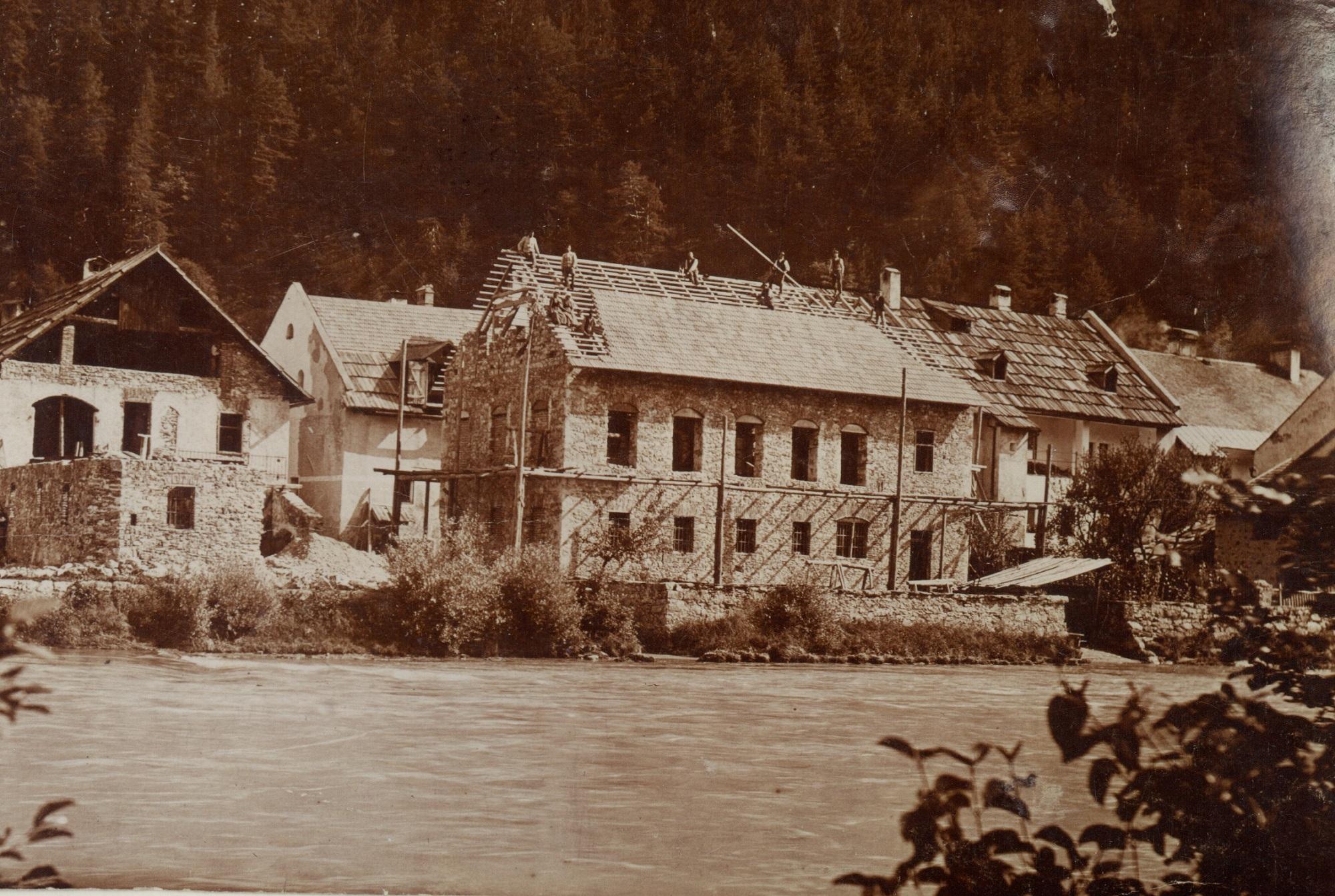 Bau des Gebäudes, ca. 1906